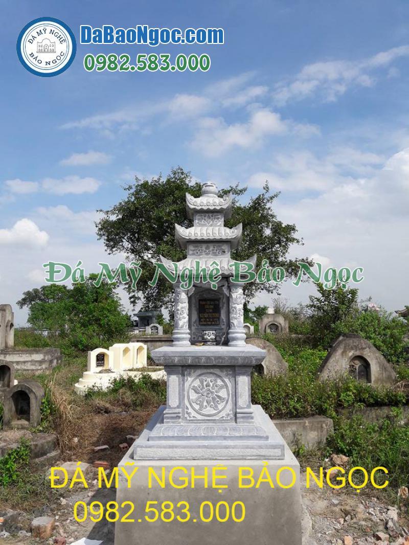 Mẫu mộ đá 3 mái làm bằng đá xanh tự nhiên nguyên khối