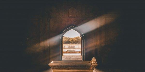 ancient architecture coffin 1007425 5 1644341