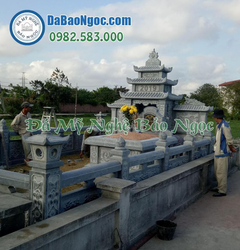 Lăng mộ bằng đá xanh Ninh Bình