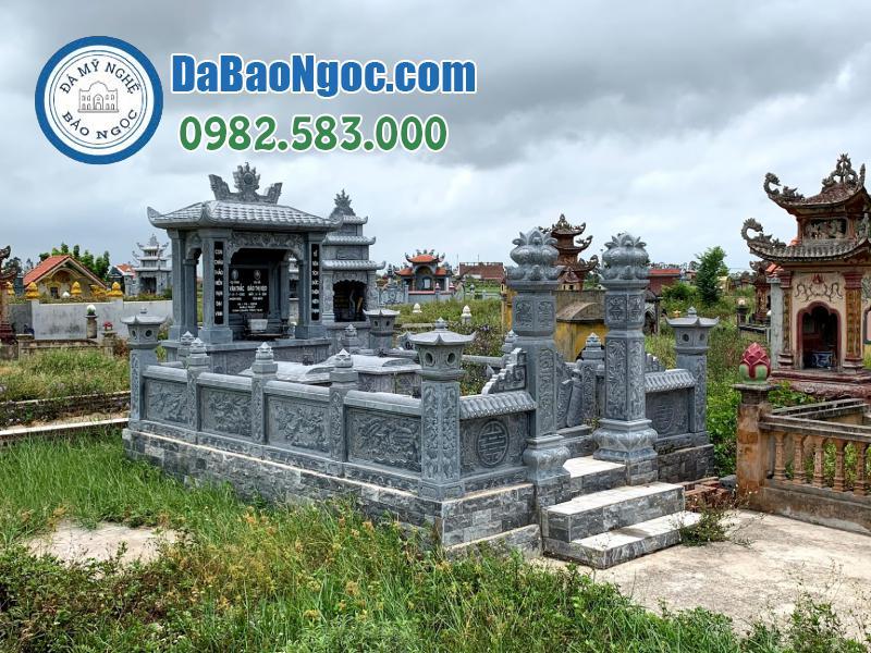 Khu Lăng mộ đá xanh Ninh Bình
