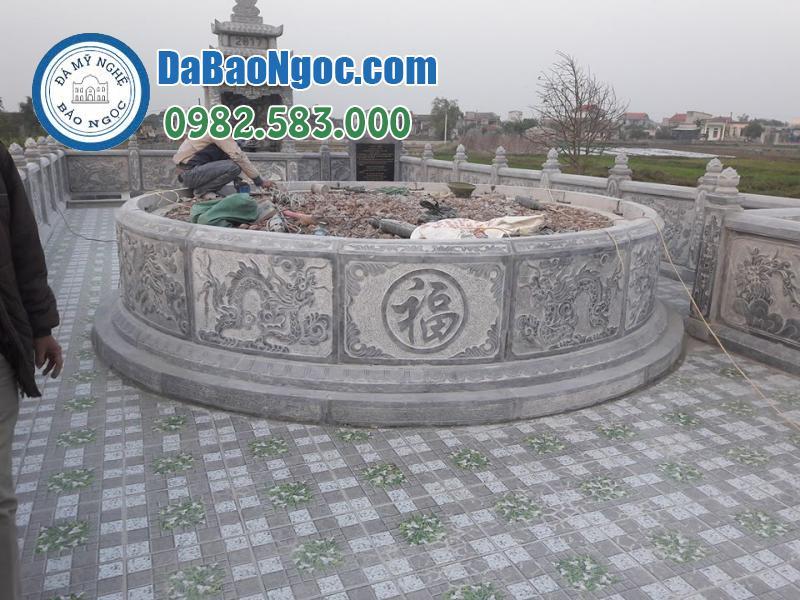 Mộ đá tròn đẹp trong khu lăng mộ