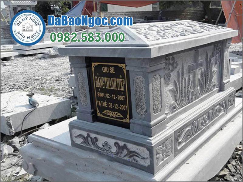 mộ đá công giáo-30