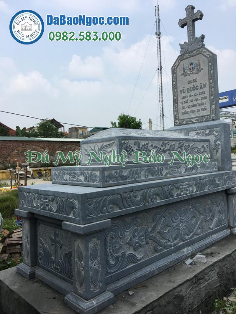 Mộ đá công giáo tam sơn